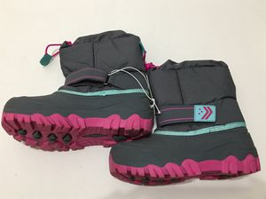 Cat & Jack pink/gray girls snow boots sz 3 for Sale in Medley, FL