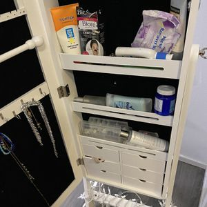 Jewelry mirror for sale for Sale in Dublin, CA