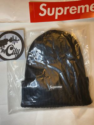 DS NEW Supreme SS18 Ribbed Beanie for Sale in San Mateo, CA