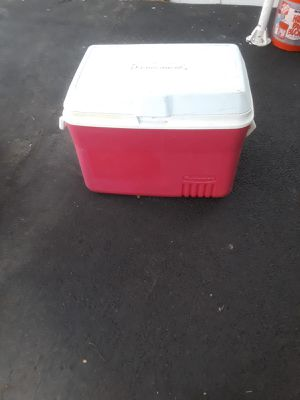 Cooler for Sale in Lynn, MA