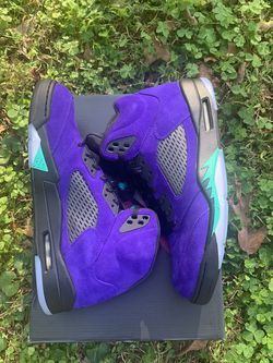 Jordan Altenrate Grape 5 US Size 12.5 for Sale in Atlanta,  GA