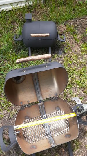 Small bbq pit for Sale in Houston, TX