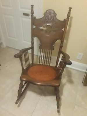 Antique Rocking Chair for Sale in Weston, FL