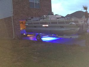 Pontoon boat 1992 totally restore boat and trailer for Sale in Houston, TX