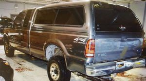 2002 Ford F-350 Super Duty 4dr SuperCab XLT 4WD LB for Sale in Chicago, IL