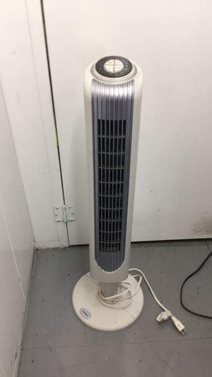 Holmes oscillating tower fan for Sale in Burbank, CA