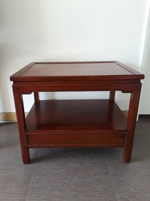 TABLE SOLID WOOD 27×20 HEIGHT 22 for Sale in Tamarac, FL