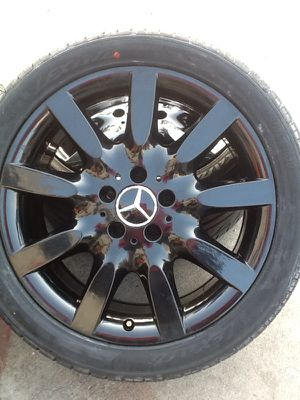 "Original 18""Mercedes Benz E350 2007 wheels & tires for for Sale in Monterey Park, CA"