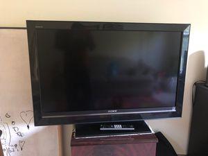 Sony Bravia 40 inch LCD TV for Sale in Aurora, IL