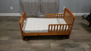 Toddler bed for Sale in Winter Haven, FL