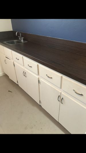 Kitchen cabinets for Sale in San Diego, CA