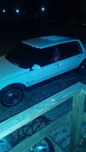 """Grandma onwed, only 60k low miles-1990 Oldsmobile delta 88 very clean , runs great!! Must see"""" new smog. $2450 for Sale in Pittsburg, CA"""