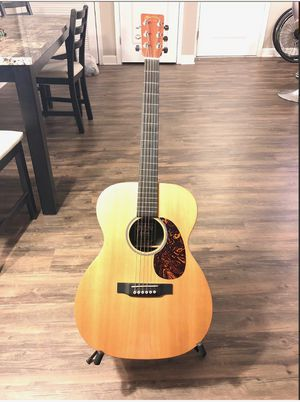 Model 000X1AE Acoustic Electric Guitar for Sale in Oakland, CA
