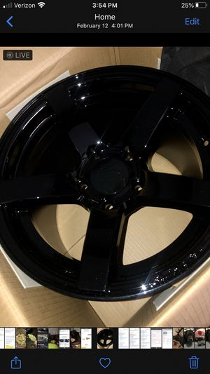 Rovos Durban 15x10 rear wheels and 17x 4.5 front wheels brand new gloss black for Sale in Merrill, MI