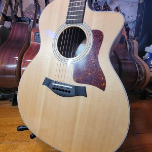Taylor 214 Ce Rosewood Grand Auditorium Guitar With for Sale in Lilburn, GA