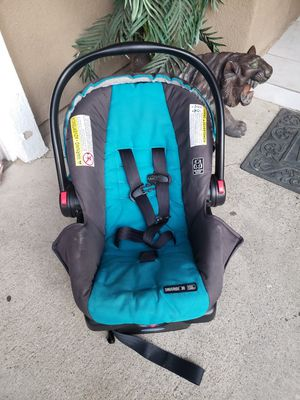 Car seat for Sale in Lake Elsinore, CA