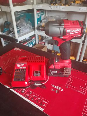 M18 fuel mid torque wrench for Sale in Colton, CA