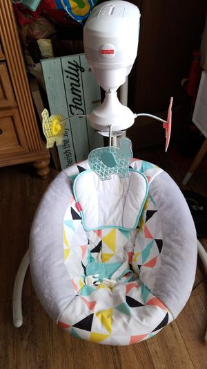 Fisher Price Baby Swing❗WILL SELL ALL FISHER PRICE AS A SET❗ for Sale in Miami, FL