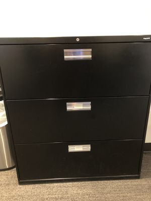 3 drawer file cabinet for Sale in Boise, ID