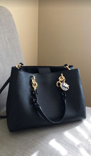 Rarely Used Michael Kors Purse for Sale in Beaverton, OR