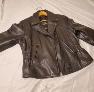 BRAND NEW WITH TAGS WOMEN'S SIZE LARGE GENUINE LEATHER RIDING JACKET for Sale in Bensalem, PA