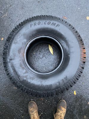 Unused Pro comp all terrain 35 tire for Sale in Sandy Spring, MD