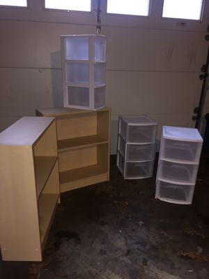 5 Pc. 2 shelves. 3 storage cabinets for Sale in Clemmons, NC