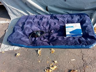 Twin Air Mattress used a few times for Sale in Sacramento,  CA