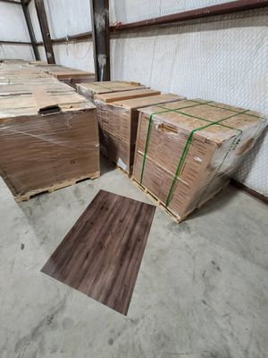 Luxury vinyl flooring!!! Only .65 cents a sq ft!! Liquidation close out! for Sale in El Segundo, CA