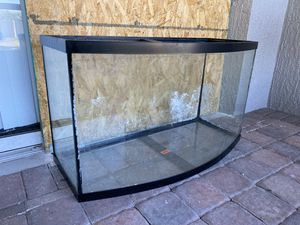 46 gal aquarium with stand for Sale in Kissimmee, FL
