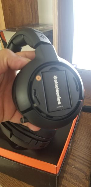 Steelseries headset gaming ps4 pc xbox windows and mac for Sale in Gallatin, TN