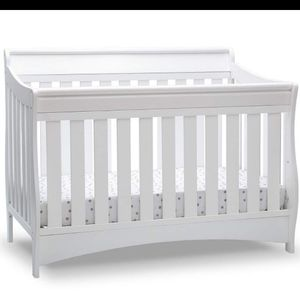 Crib 6 In 1 Convertable for Sale in Greensburg, PA