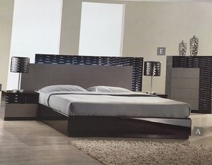 modern style bedroom set brand-new for Sale in Seattle, WA