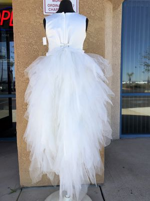 NEW WITH TAGS!!! White Formal size 8 Dress for Sale in Murrieta, CA
