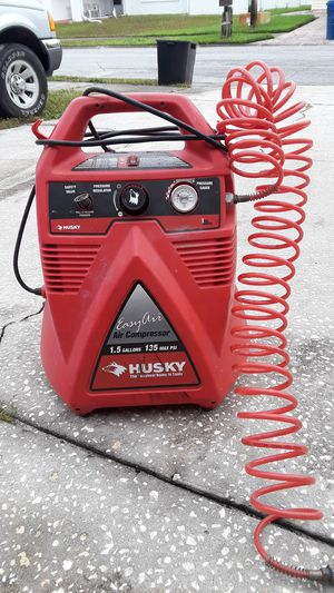 Air compressor Husky easy air 1.5gal 135max psi for Sale in New Port Richey, FL