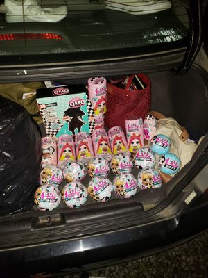 Bug Bundle of Lol Dolls!! for Sale in Tacoma, WA