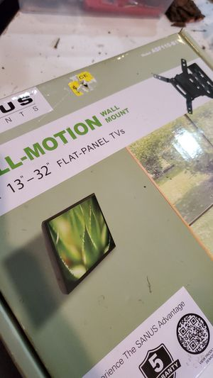 """13""""-32"""" Flat Panel TV Mount for Sale in Brooklyn Center, MN"""