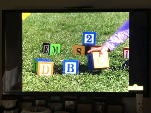 60 inch LG Smart tv $450 for Sale in Redford Charter Township, MI