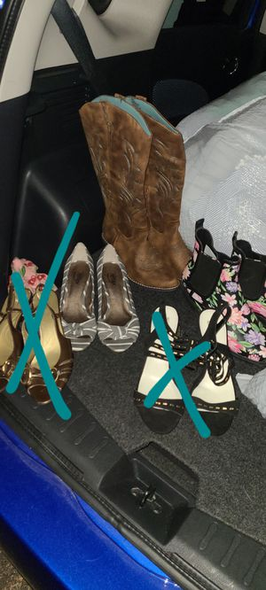 Womens shoes Sizes 8.5 for Sale in Fresno, CA