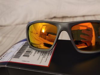 New Authentic Oakley Valve Dark Grey Ruby Red Fire Polarized Custom Lenses OO9236-11 for Sale in Surprise,  AZ
