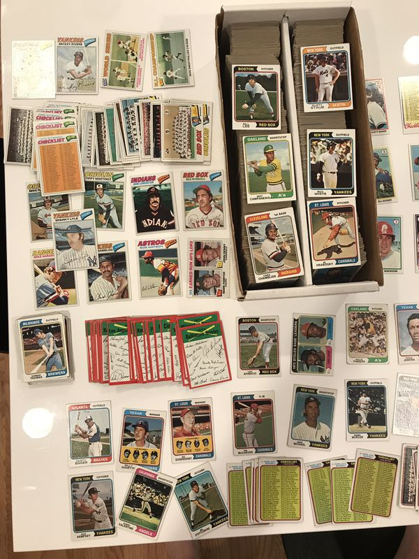 Huge lot of 5000 baseball cards from mid 1970s