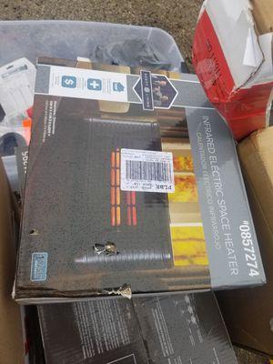 Space Heater / calentador for Sale in Niederwald, TX
