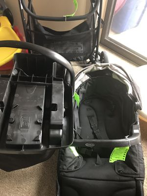 Graco Infant Car Seat, Stroller with vase for Sale in Irving, TX