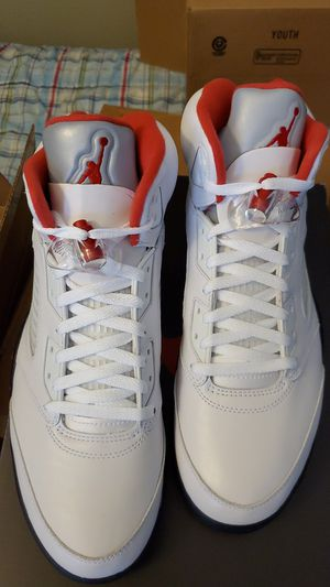 BRAND NEW IN BOX Nike Air Jordan Retro 5 Fire Red/Silver Tongue Size 12 for Sale in Swansea, IL