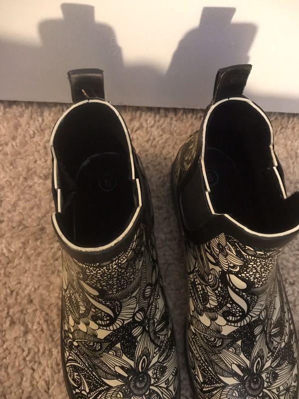 Sakroot women's 6 rain boots