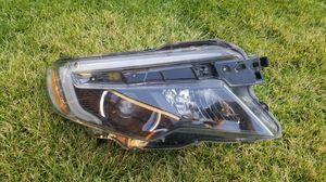 2017 Honda pilot right headlight for Sale in Pasco, WA