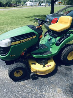 John Deere D 110 plus Cart for Sale in Columbus, OH