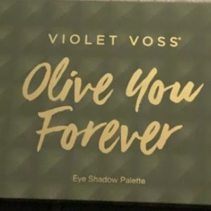 Violet Voss Olive You Forever Palette for Sale in Hillsboro, OR