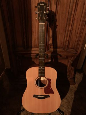 Taylor Big Baby Acoustic Guitar for Sale in Wichita, KS