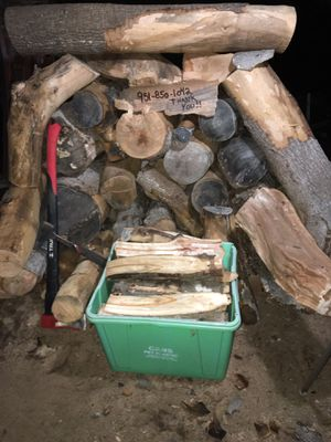 FIREWOOD!! AVOCADO, READY TO BURN, FIREPLACE, BONFIRE BURNS GOOD, LOW ODOR. DELIVERY AVAILABLE! for Sale in Fallbrook, CA